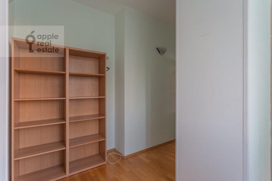 Детская комната / Кабинет в 2-комнатной квартире по адресу 1-й Волконский переулок 15