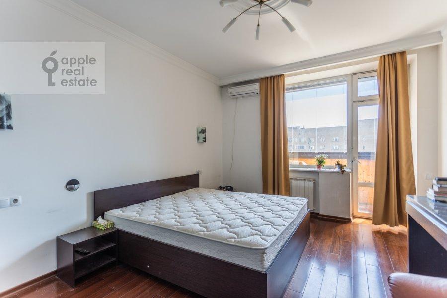 Bedroom of the 4-room apartment at Lesnaya ulitsa 4s1