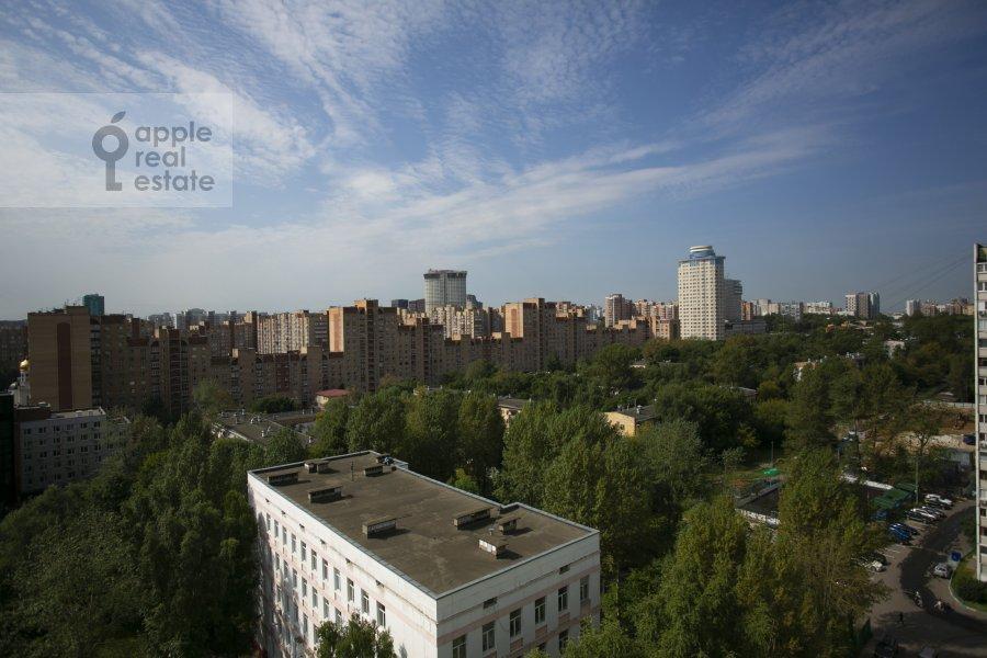 View from the window of the 4-room apartment at Novocheremushkinskaya ulitsa 50