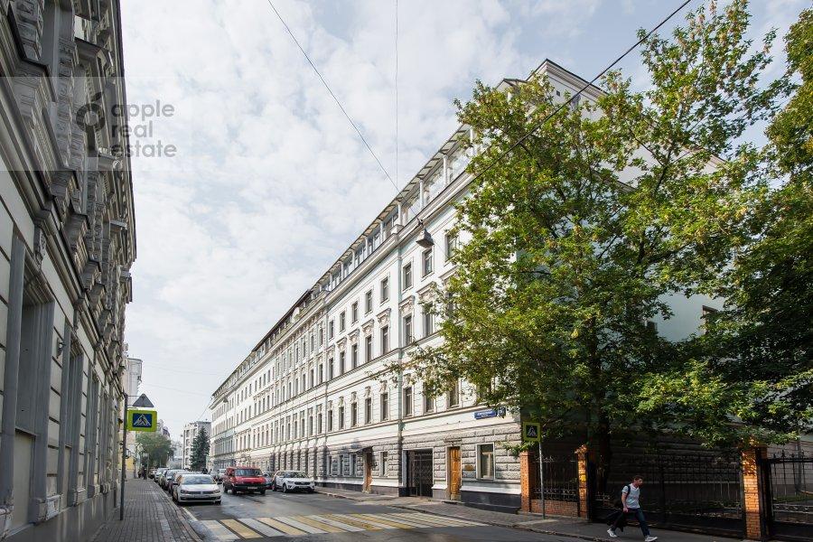 Фото дома 4-комнатной квартиры по адресу Леонтьевский переулок 11