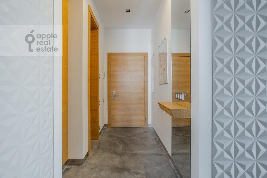 Corridor of the 3-room apartment at Bol'shaya Gruzinskaya ulitsa 69