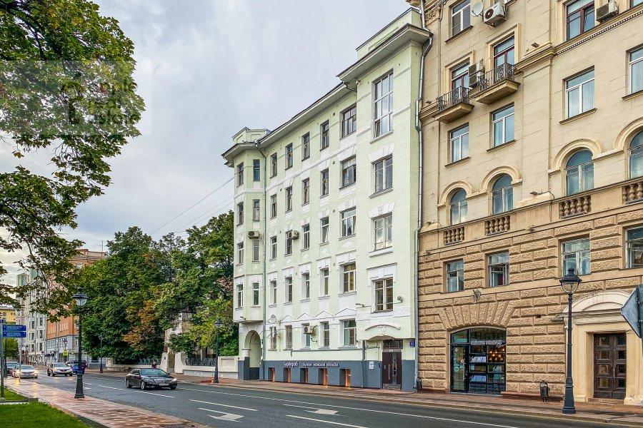 Фото дома 3-комнатной квартиры по адресу Малая Никитская улица 4С1