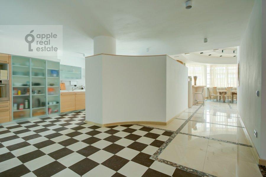 Corridor of the 4-room apartment at Ostrovnoy proezd 1