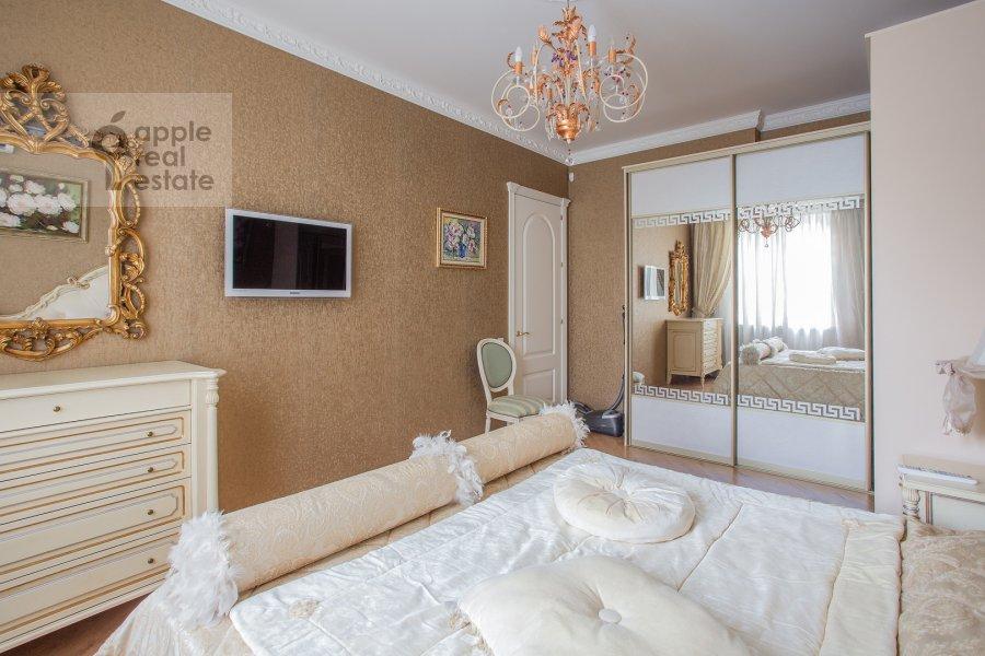 Спальня в 3-комнатной квартире по адресу улица Госпитальный Вал 5К18