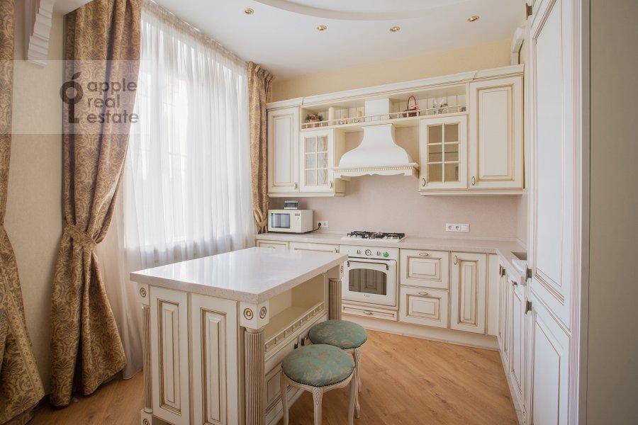 Кухня в 3-комнатной квартире по адресу улица Госпитальный Вал 5К18