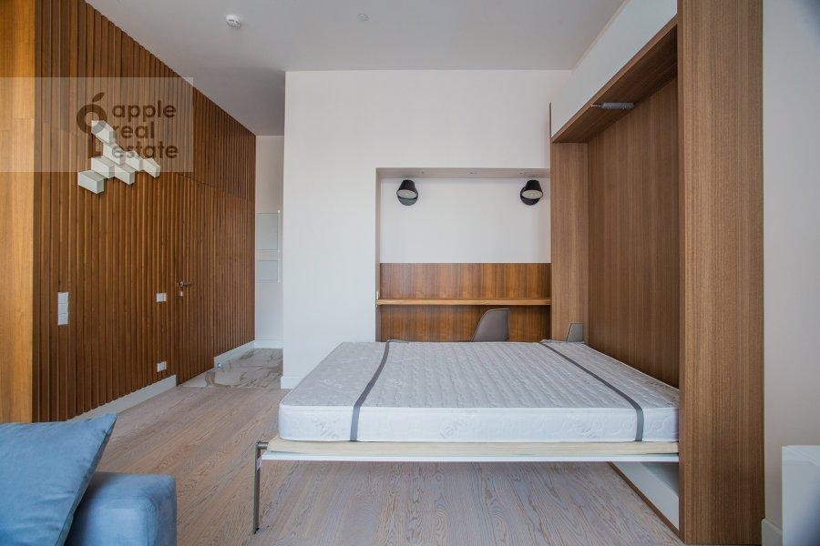 Bedroom of the studio apartment at 3-ya ulitsa Yamskogo Polya 9
