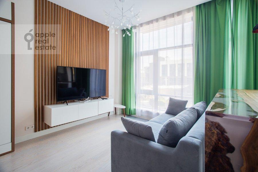 Living room of the studio apartment at 3-ya ulitsa Yamskogo Polya 9