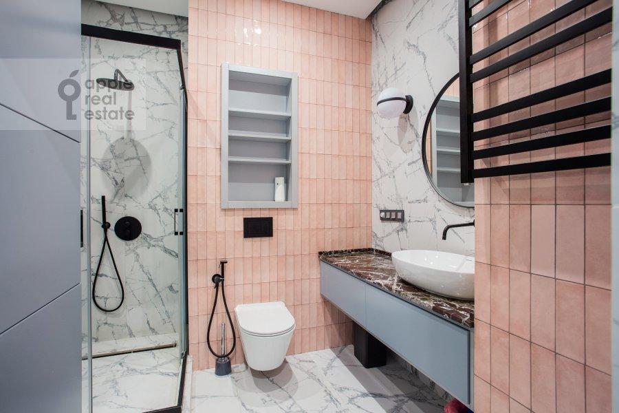 Санузел в 2-комнатной квартире по адресу улица Василисы Кожиной 13