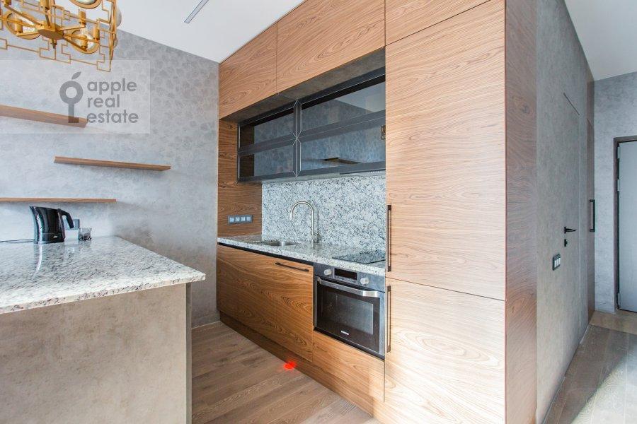 Кухня в 2-комнатной квартире по адресу улица Василисы Кожиной 13