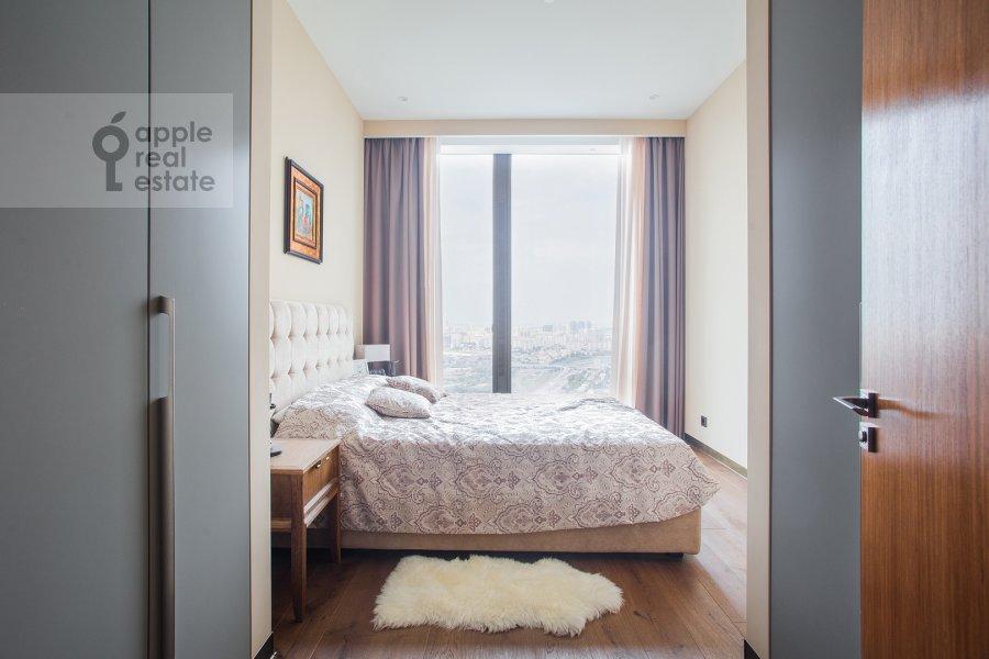 Bedroom of the 2-room apartment at 1-y Krasnogvardeyskiy proezd 22k2
