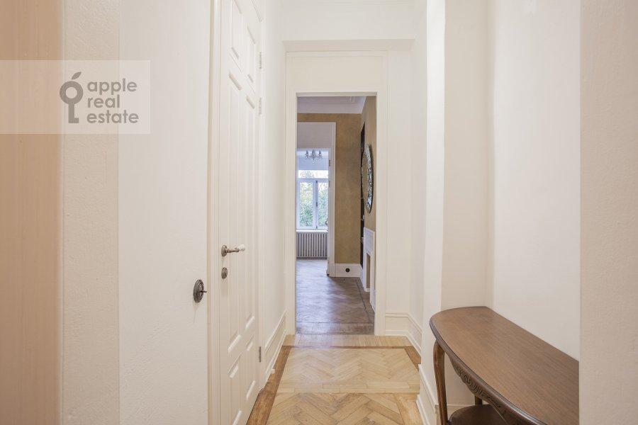 Коридор в 2-комнатной квартире по адресу Малый Предтеченский переулок 6