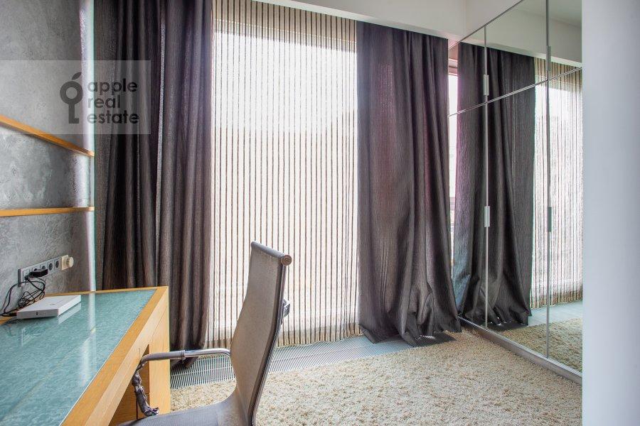 Спальня в 3-комнатной квартире по адресу Большая Грузинская улица 69