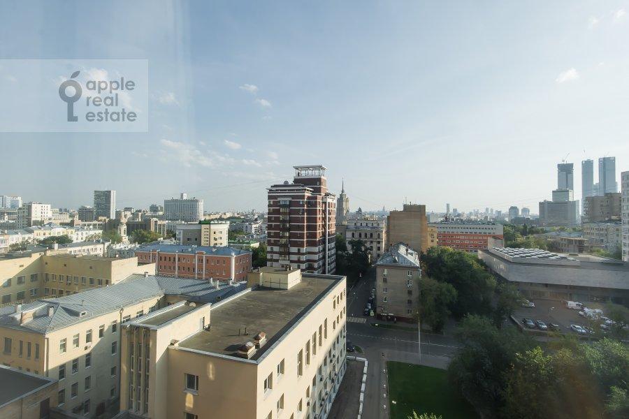 Вид из окна в 5-комнатной квартире по адресу Красная Пресня 21