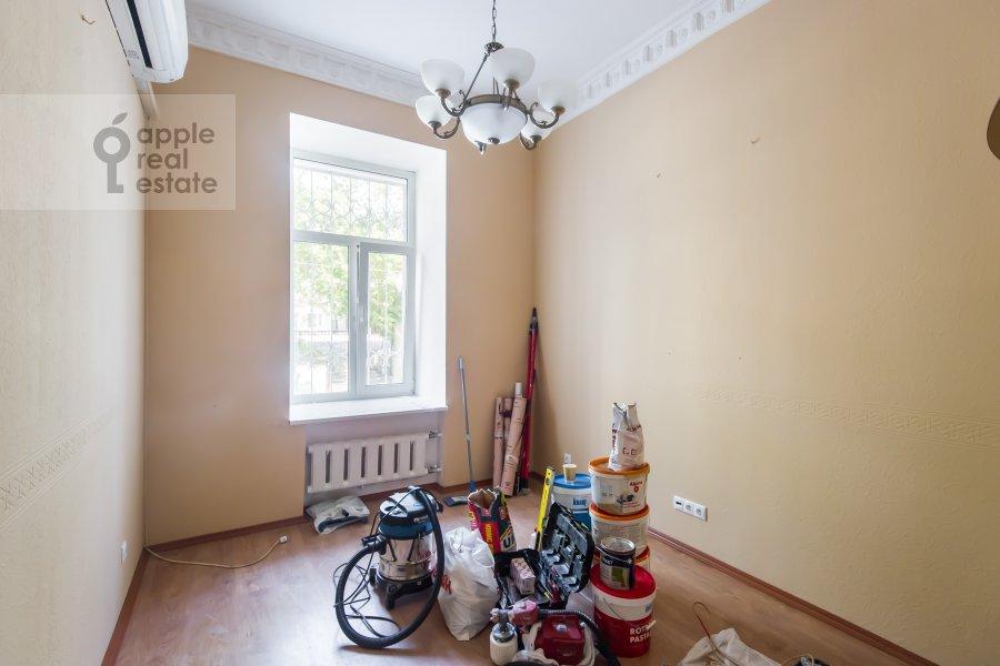 Детская комната / Кабинет в 5-комнатной квартире по адресу Новая Басманная улица 25/2