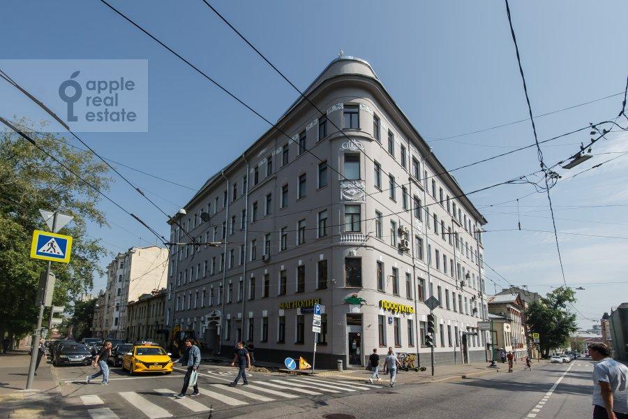 Фото дома 5-комнатной квартиры по адресу Новая Басманная улица 25/2