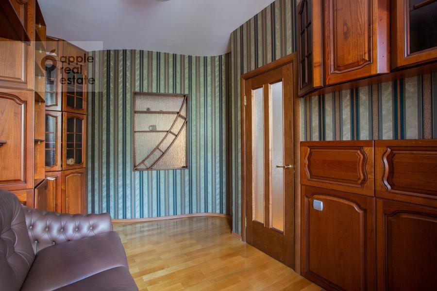 Детская комната / Кабинет в 5-комнатной квартире по адресу 4-я Парковая улица 13