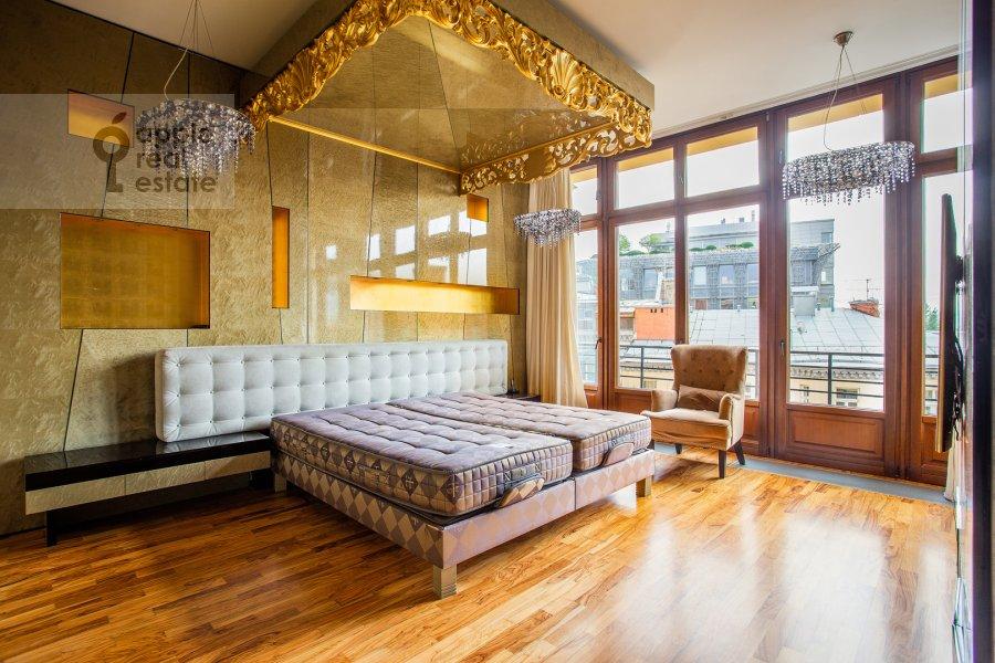 Спальня в 6-комнатной квартире по адресу Большой Левшинский переулок 11