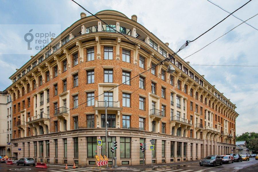 Фото дома 6-комнатной квартиры по адресу Большой Левшинский переулок 11