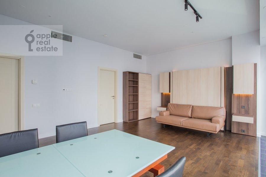Living room of the studio apartment at Presnenskaya naberezhnaya 8s1