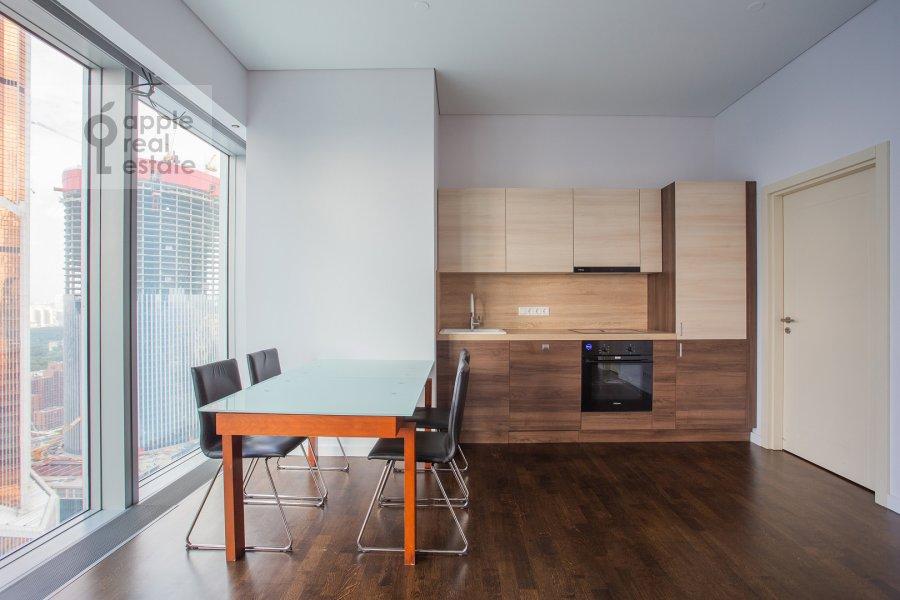 Kitchen of the studio apartment at Presnenskaya naberezhnaya 8s1