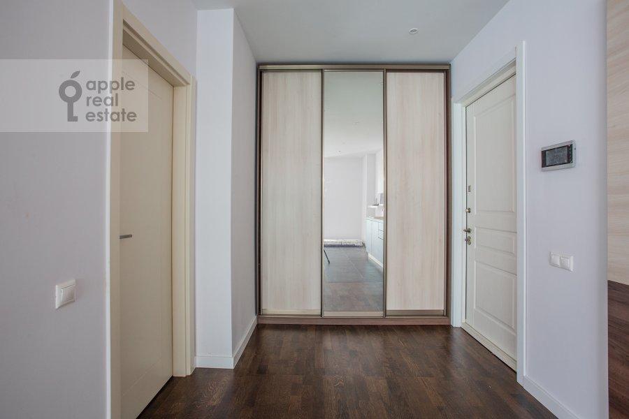 Corridor of the 2-room apartment at Presnenskaya naberezhnaya 8s1