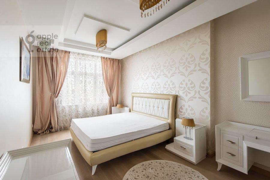 Bedroom of the 3-room apartment at Michurinskiy prospekt 3