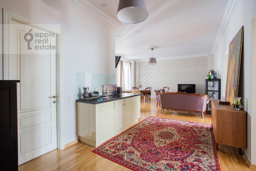 Кухня в 4-комнатной квартире по адресу Садовая-Спасская улица 19с1