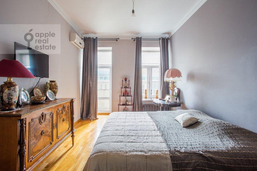 Спальня в 4-комнатной квартире по адресу Садовая-Спасская улица 19с1