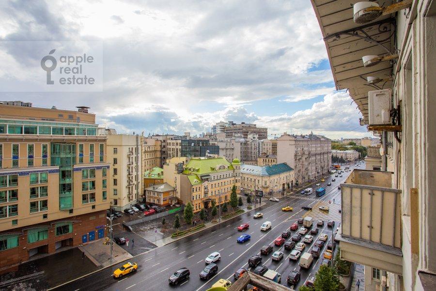 Вид из окна в 4-комнатной квартире по адресу Садовая-Спасская улица 19с1