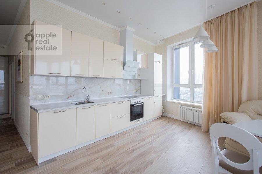 Kitchen of the 4-room apartment at Shelepikhinskaya naberezhnaya 34k2