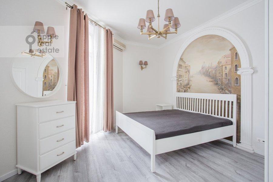 Спальня в 4-комнатной квартире по адресу Мясницкая улица 17С2