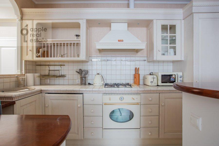 Кухня в 4-комнатной квартире по адресу Мясницкая улица 17С2