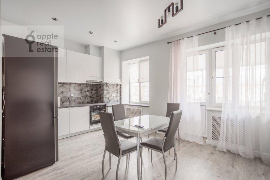 Кухня в 3-комнатной квартире по адресу 3-я Тверская-Ямская улица 12с3