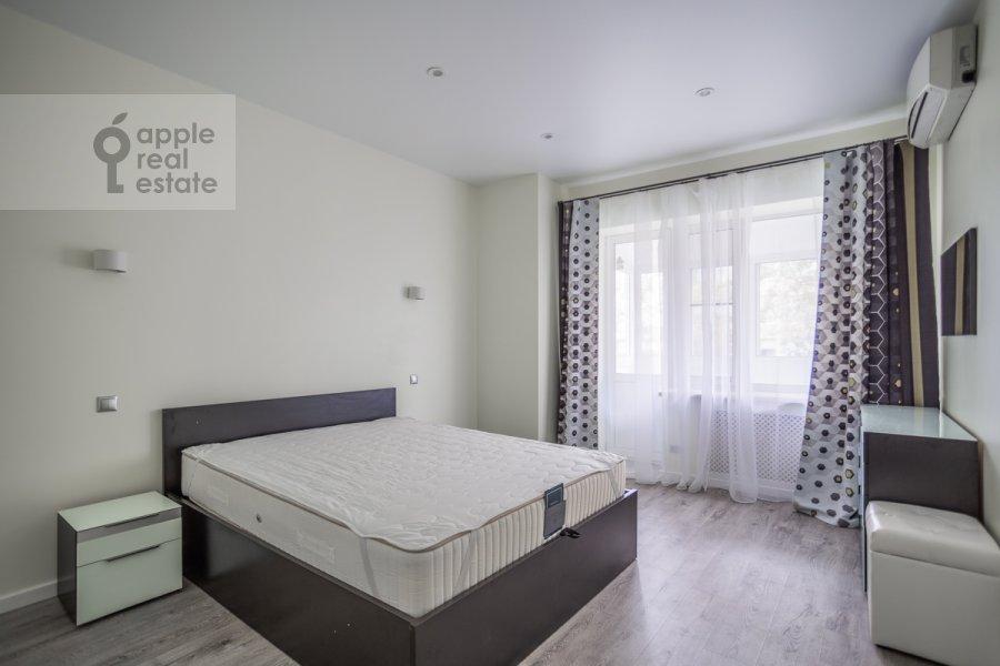 Спальня в 3-комнатной квартире по адресу 3-я Тверская-Ямская улица 12с3