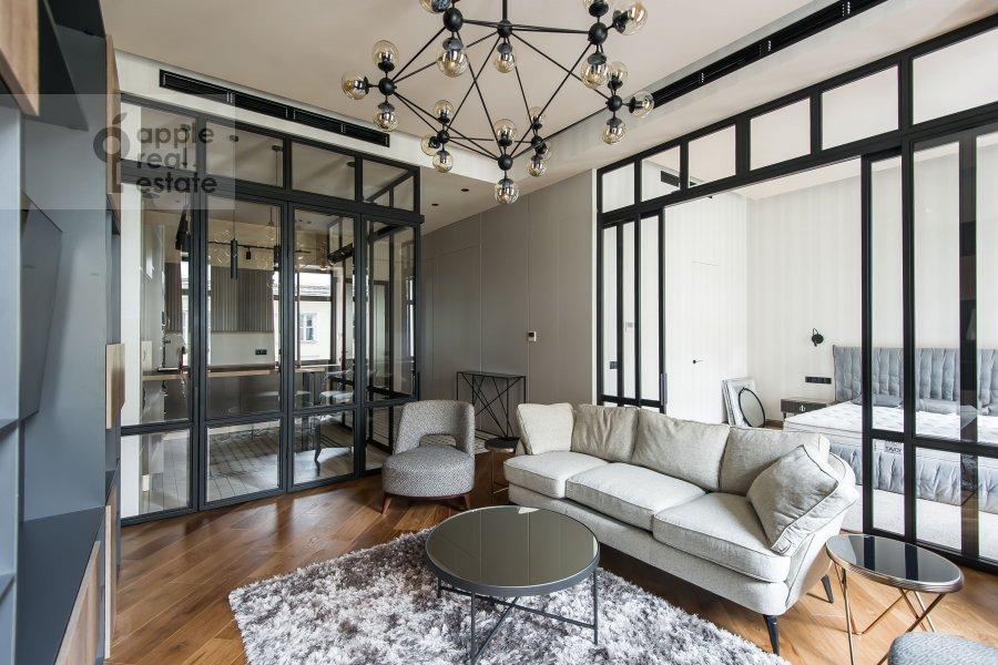 Living room of the 2-room apartment at Povarskaya ulitsa 8/1k1