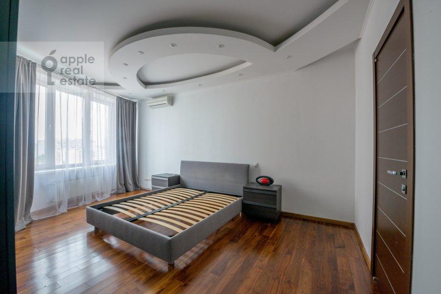 Спальня в 3-комнатной квартире по адресу улица Твардовского 14к3