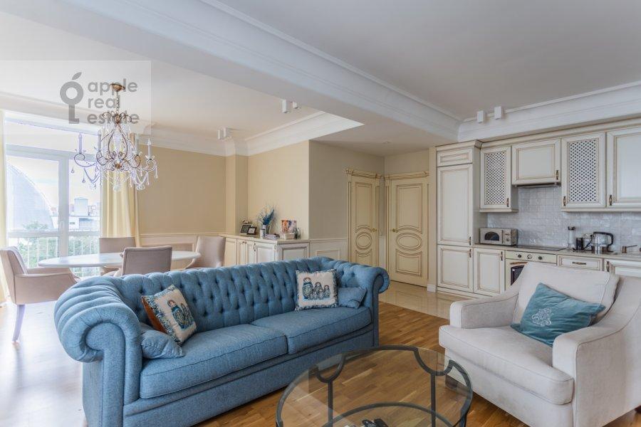 Гостиная в 3-комнатной квартире по адресу Садовая-Кудринская улица 7