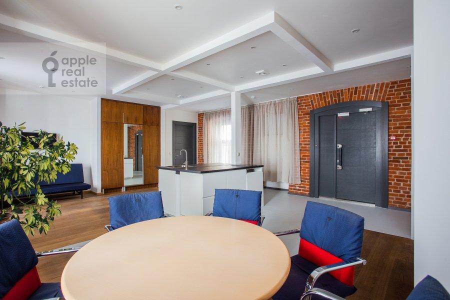 Гостиная в 4-комнатной квартире по адресу Мясницкая улица 24/7с3