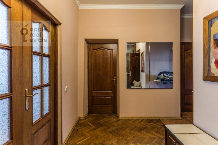 Corridor of the 2-room apartment at Gagarinskiy per. 6
