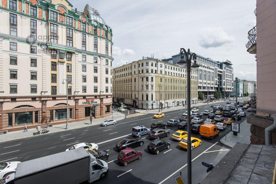 Вид из окна в 3-комнатной квартире по адресу Благовещенский пер. 5