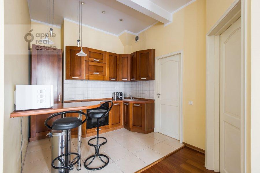 Кухня в 3-комнатной квартире по адресу Благовещенский пер. 5