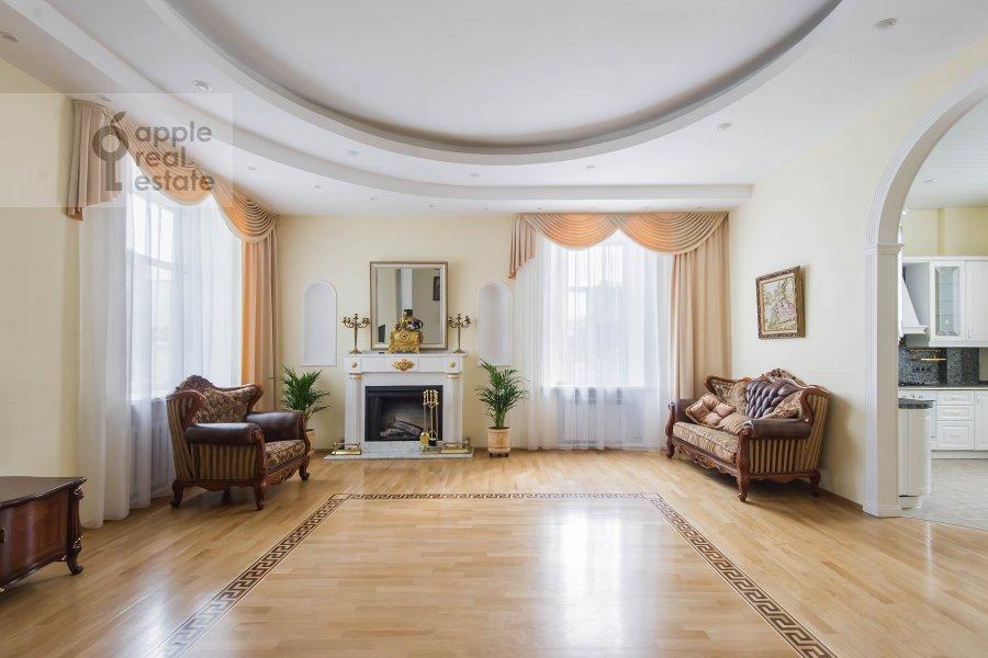 Гостиная в 5-комнатной квартире по адресу Мясницкая ул. 15