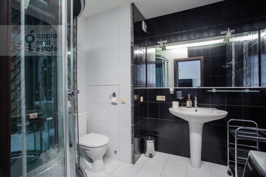 Bathroom of the 2-room apartment at Dmitrovka Malaya ul. 24/2