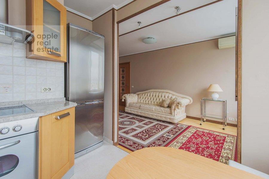 Kitchen of the 2-room apartment at Arbat Novyy ul. 10