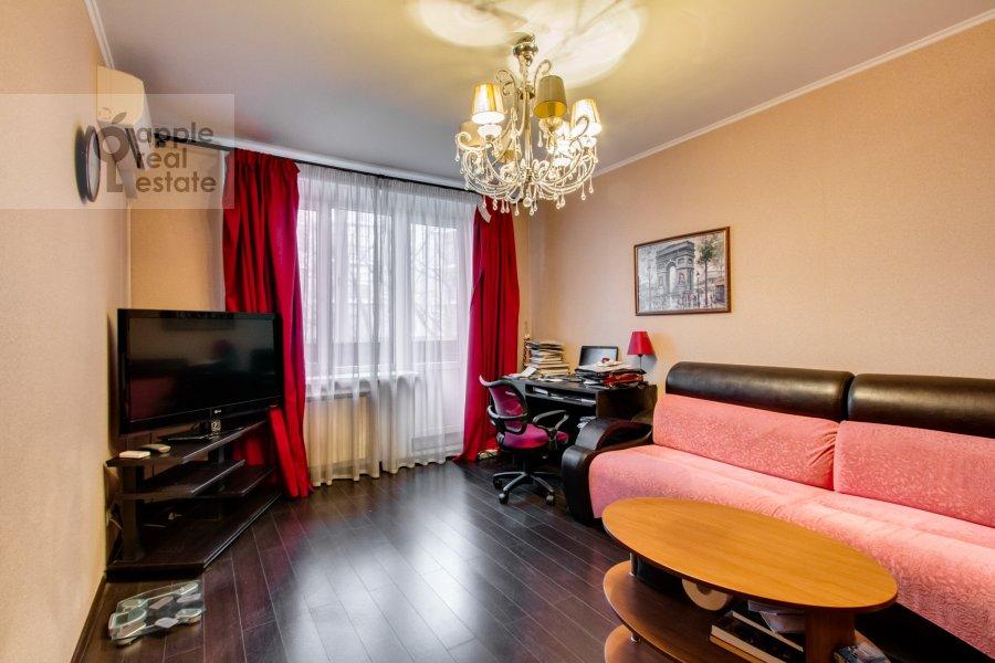 Гостиная в 1-комнатной квартире по адресу Якиманка Большая ул. 52