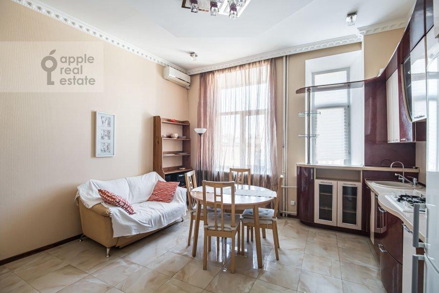 Kitchen of the 4-room apartment at Milyutinskiy per. 19/4s1