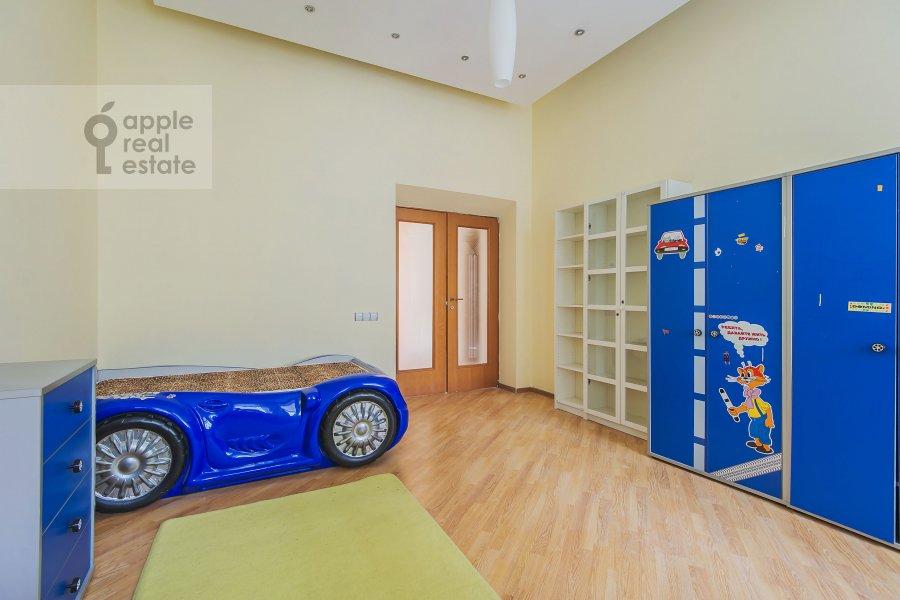 Детская комната / Кабинет в 4-комнатной квартире по адресу Машкова ул. 17