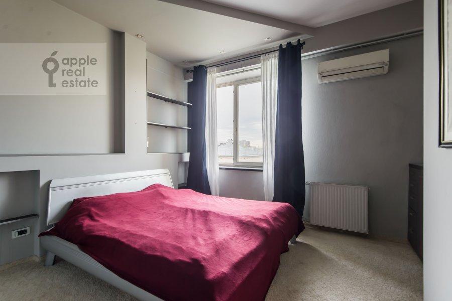 Спальня в 2-комнатной квартире по адресу Таганская ул. 26/1