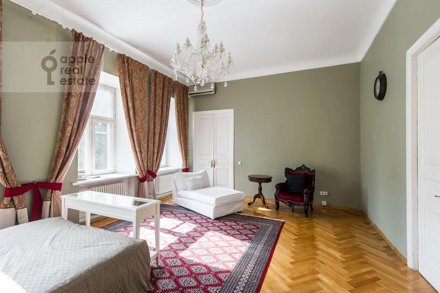 Bedroom of the 3-room apartment at Dmitrovka Malaya ul. 29