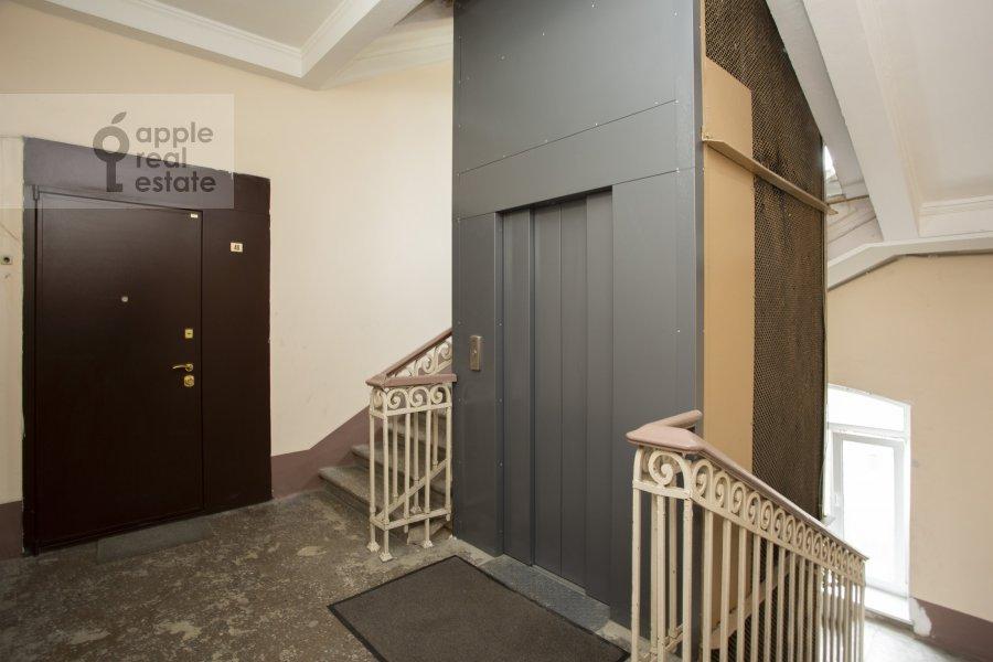 Photo of the house of the 4-room apartment at Nikolaeva ul. 4